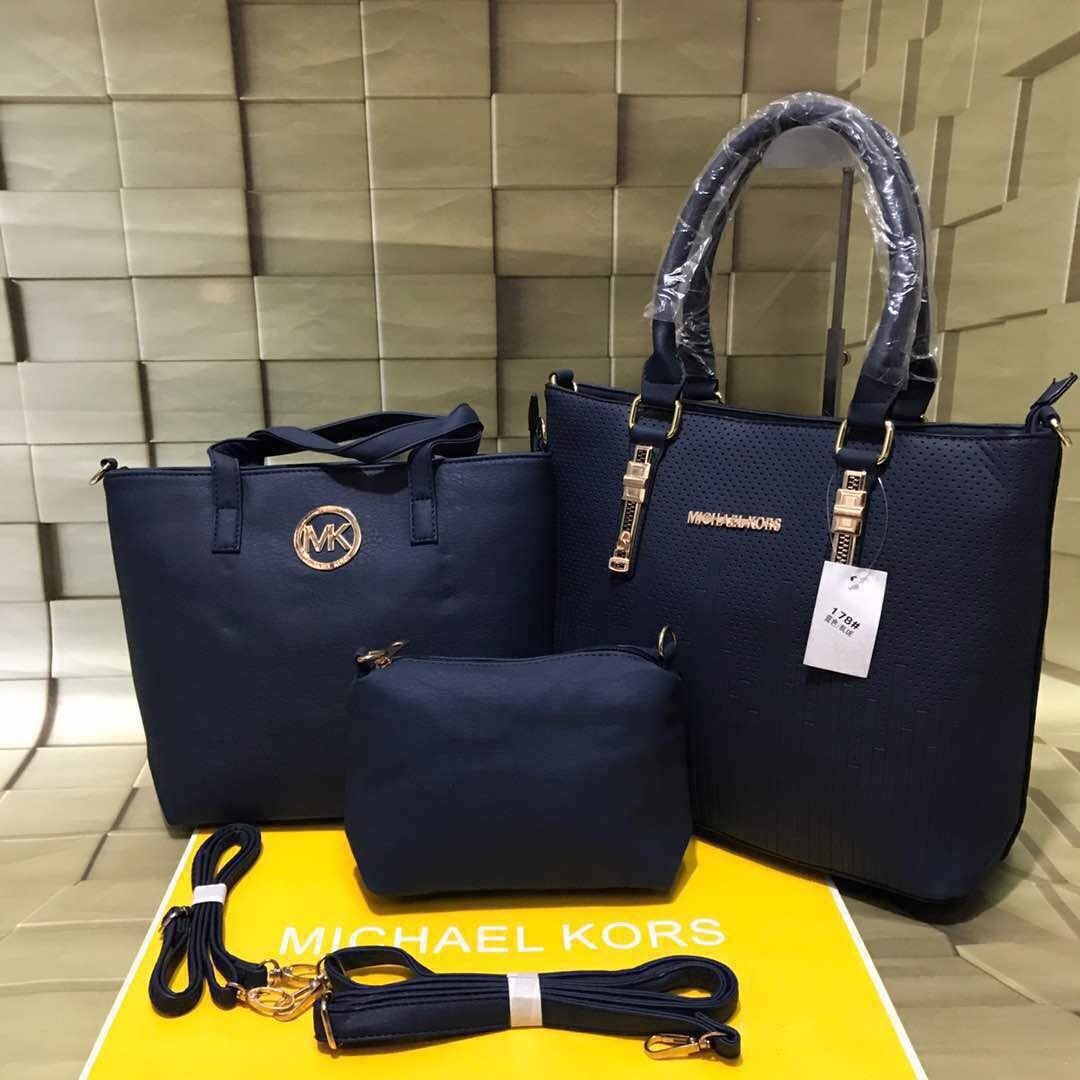 44f46e913a80f Ladies Bag Combo Michael Kors - Women - Bags - Accessories